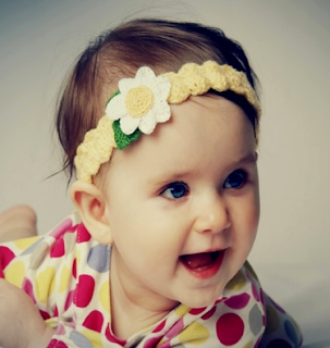 arti mimpi menggendong bayi perempuan