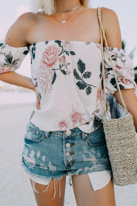 trendy summer outfit_floral off-shoulder blouse + bag + denim shorts