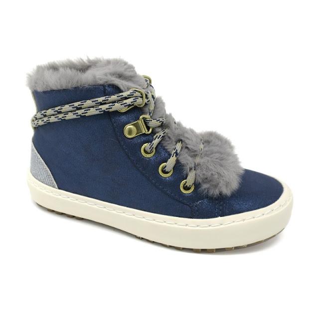 https://www.zapanines.es/botas-y-botines/4169-botin-nina-azul-cordones-pelito-gioseppo.html