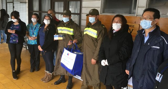 CPC realiza entrega de mascarillas y guantes en Pargua y Chacao