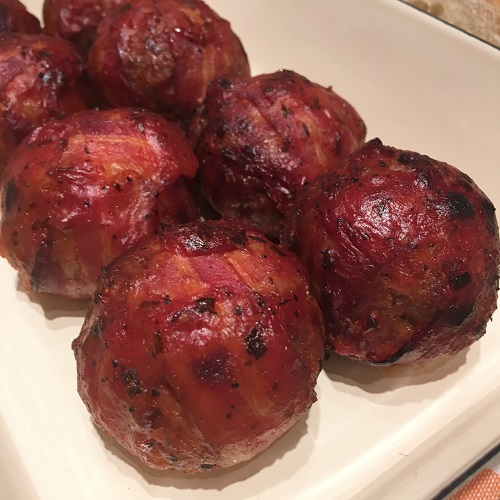 Moink Balls mit Mozzarellakern aus dem Slowcooker ~ Mini Bacon Bombs