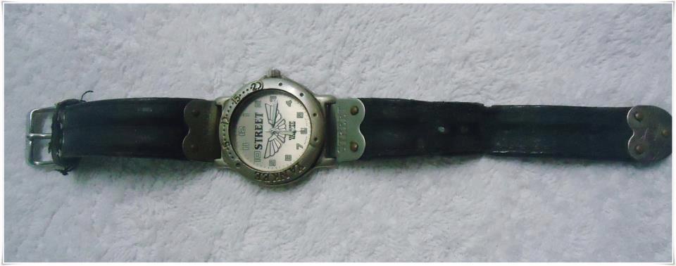 9c63380e73f Relógio de pulso.. Alguém aqui ainda usa   - Gloove