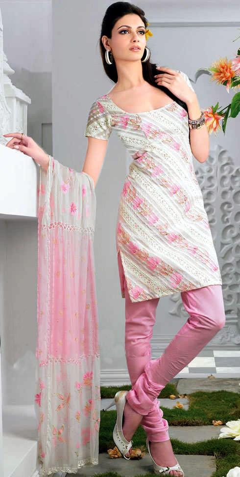 Punjabi Suits Neck Designs 2014 Party Wear New Fashion Designs 3d Images Design By Ritu Beri Faceboo Designer Punjabi Suits Punjabi Suits Neck Designs 2014 Party Wear New Fashion Designs 3d Images