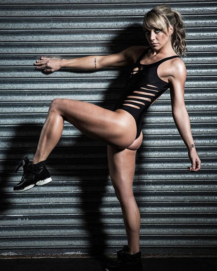 Chloe Madeley fitness model a toned body bikini
