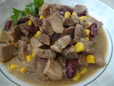 Wieprzowina z kukurydzą i fasolą