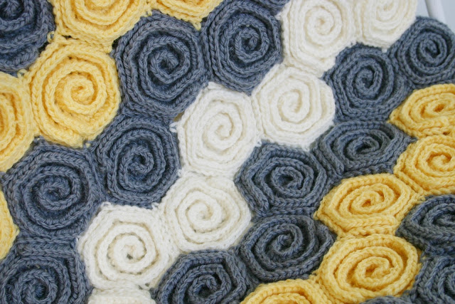 Let's Twirl Blanket & Rug Crochet Pattern by Susan Carlson of Felted Button