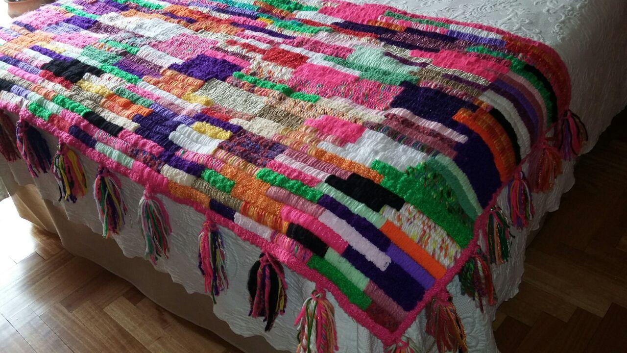 Mariana mai arte textil decoraci n y dise o pie de cama for Textil cama