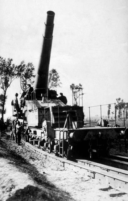 World War I, German heavy railway artillery, ca. 1917