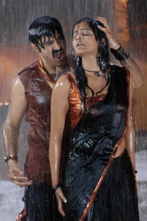 Hot Indian Actress Gallery Priyamani In Rain Gallery-4664
