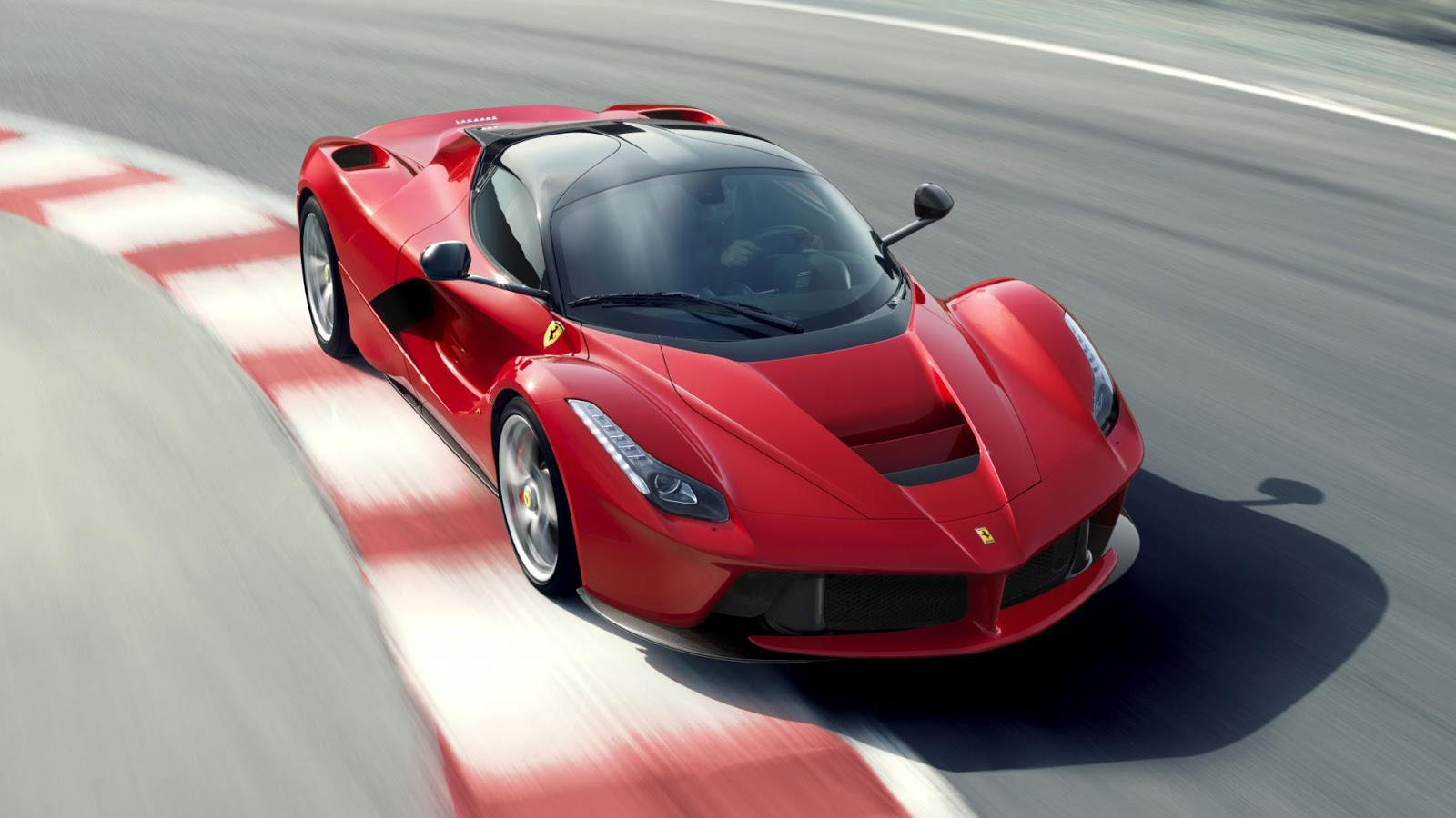 Những thay đổi của Laferrari sẽ thay đổi được cục diện của thị trường siêu xe?