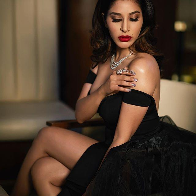 sophie choudry in hot