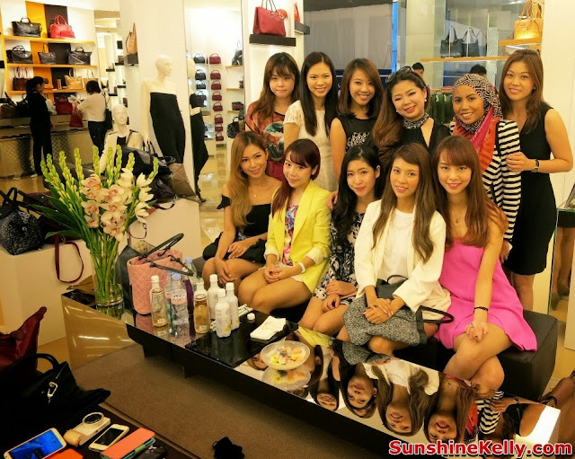 longchamp pavilion KL, new exclusive store, luxury handbag, famous fashion blogger, cheeserland, princess nana, nana bwincess, choo mei sze, sunshine kelly, isabell kuan, kinky blue fairy, ami schaheera