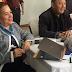 Martha Rodríguez de Undeca llegó con peluchote a reunión de diálogo con el Gobierno