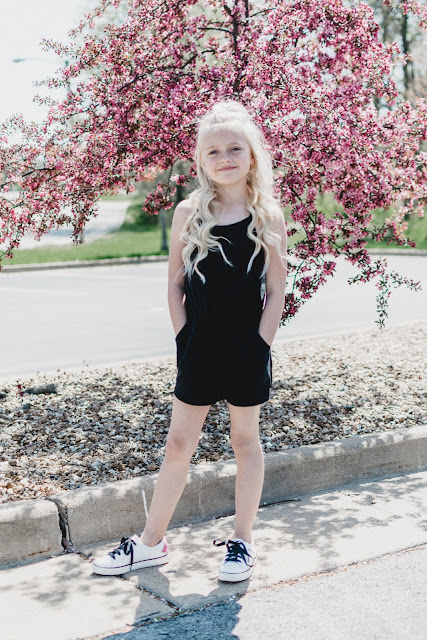 spring summer outfit ideas idea little girl mom and me mom style lifestyle photography