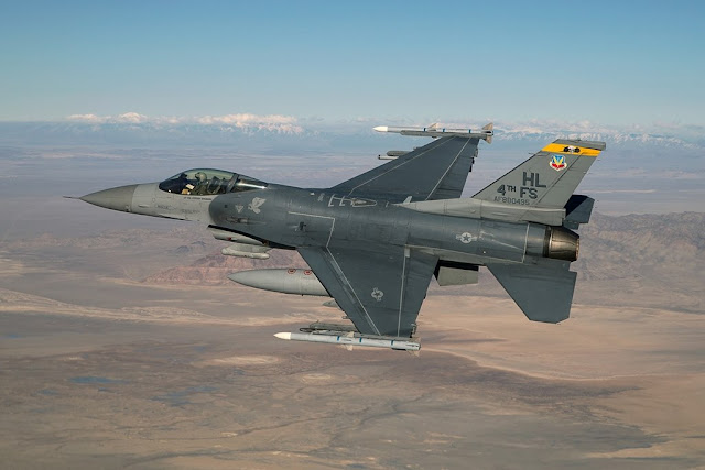 Hill F-16 Vipers farewell
