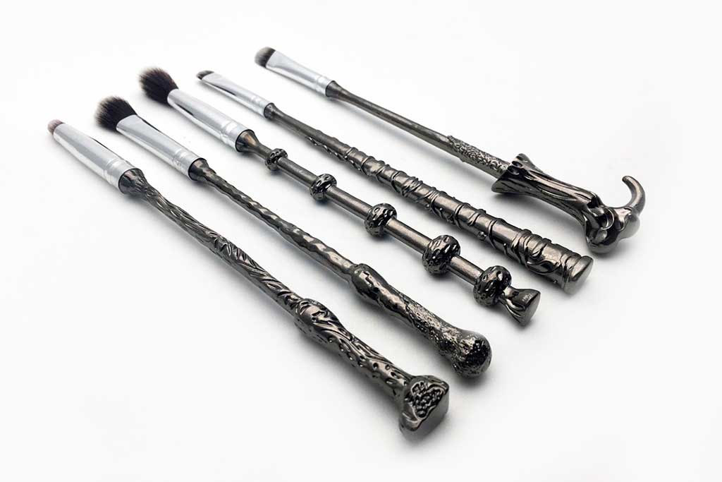 OMG, Harry Potter Wand Makeup Brush!