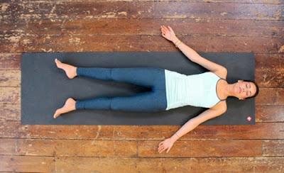 http://mustahabbah.blogspot.com/2016/10/latihan-yoga-membantu-meringankan-sakit.html