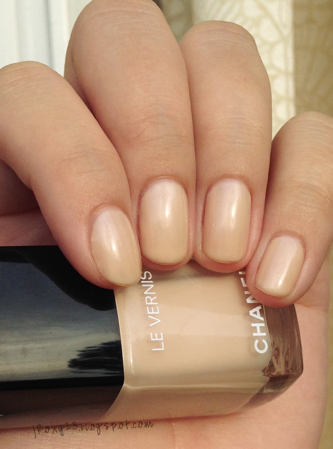 Chanel Blanc White Nail Polish 548