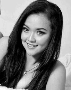 Salah satu artis Dangdut popouler di era Dangdut koplo, Clara Diandra