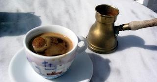 Ο ελληνικός καφές είναι ένα από τα μυστικά της μακροζωίας