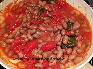 Fagioli all' uccelletto