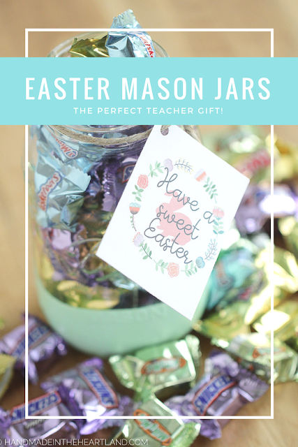 Easy, Simple, Fast Easter Mason Jar Gifts! Step-by-Step instructions for making painted mason jars and a free Easter gift printable!