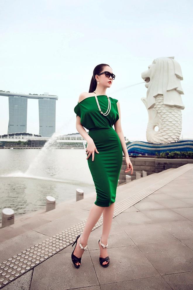 5 2 - Beautiful Asian Girl Hot Sexy NGOC TRINH