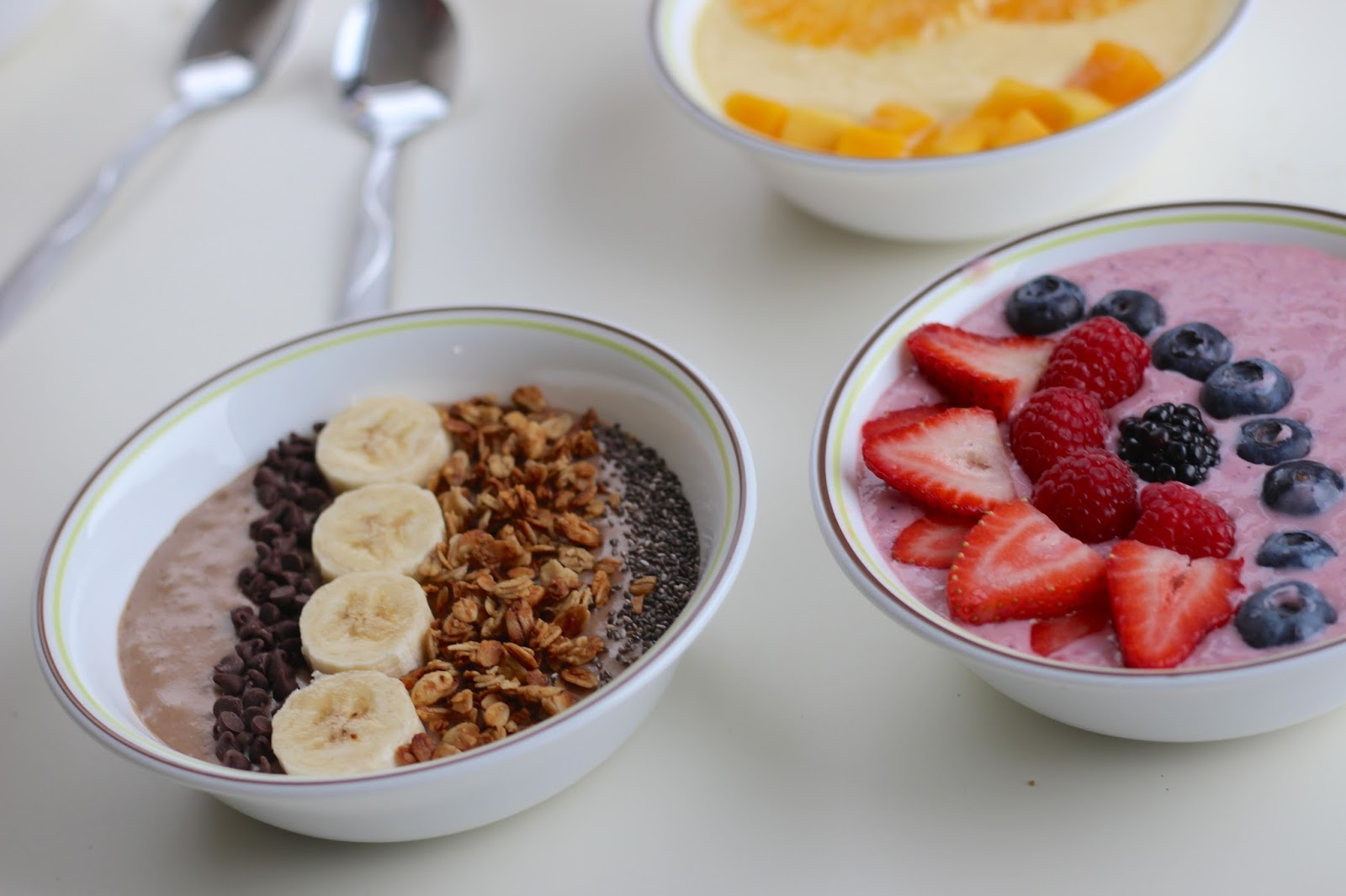 Smoothie Bowls | Blush and Fairy Dust