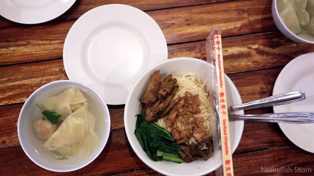 Kuliner Mie Ceker Bandung di Jogja