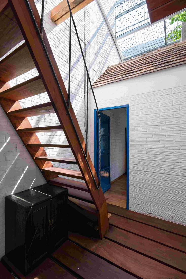 10-a21Studio-A-Home-Where-the-Rooms-Look-Like-a-small-Village-www-designstack-co
