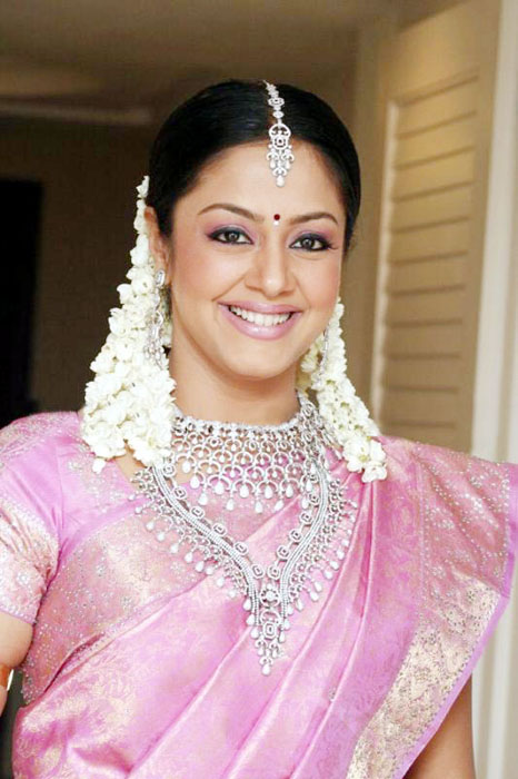 Jyothika Biography - Tollywood Stars