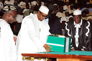 President Buhari presenting 2016 Budget to the National Assembly
