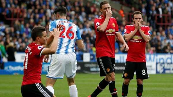 Huddersfield Town FC vs Manchester United
