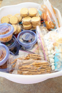 http://cupcakeskissesncrumbs.blogspot.com/2011/08/snack-and-breakfast-prep.html