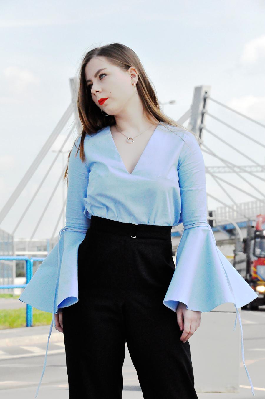 www.martiarti.pl/2016/04/bell-sleeves-bluzka-handmade-z.html
