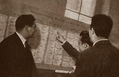 Tablón de resultados del II Campeonato Mundial Universitario de Ajedrez Lyon 1955