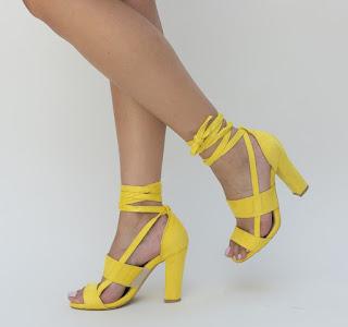 Sandale elegante cu snur pe pecior galbene