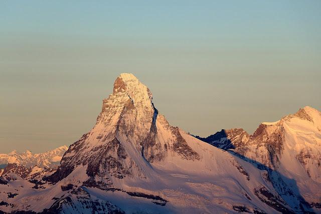 Matterhorn widziany z Dom