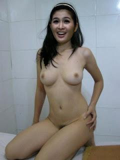 foto telanjang artis indonesia