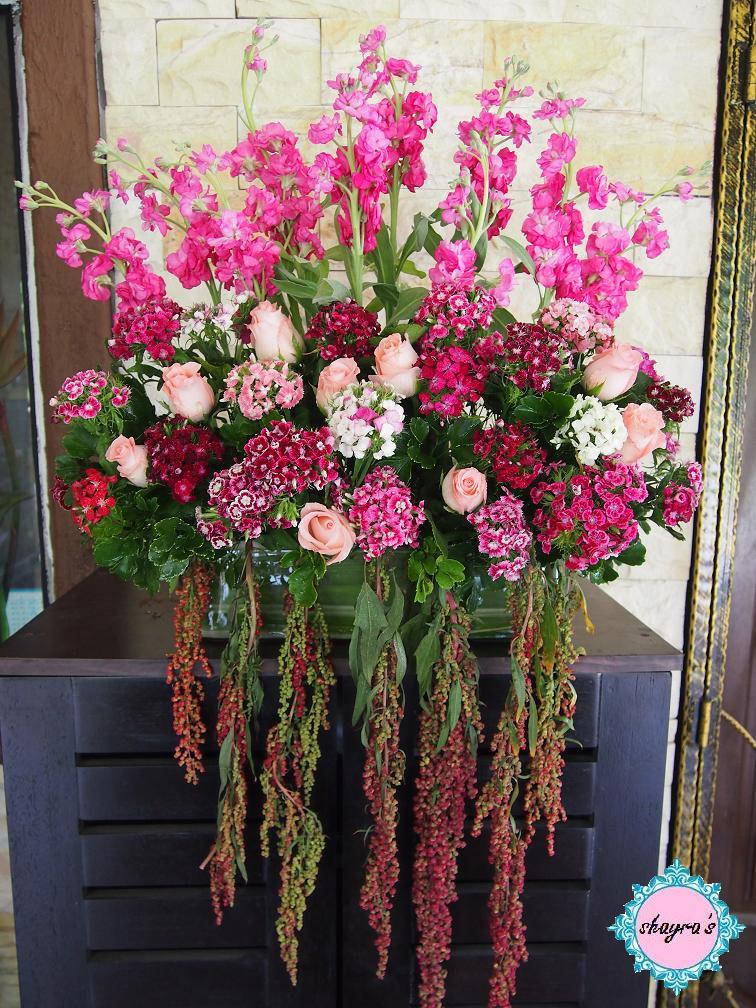 flora by shayra large shabby chic flower arrangements. Black Bedroom Furniture Sets. Home Design Ideas