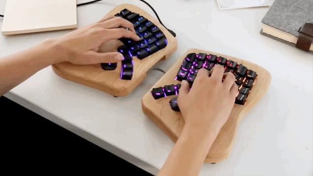 لوحة مفاتيح الفراشة