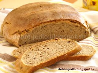 Semolínovo-ražný kváskový chlieb - recepty