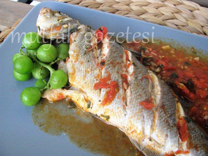 domatesli balık