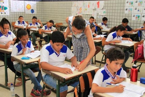 Em Alagoas, Edital do concurso público da Educação sai até dia 31 de outubro