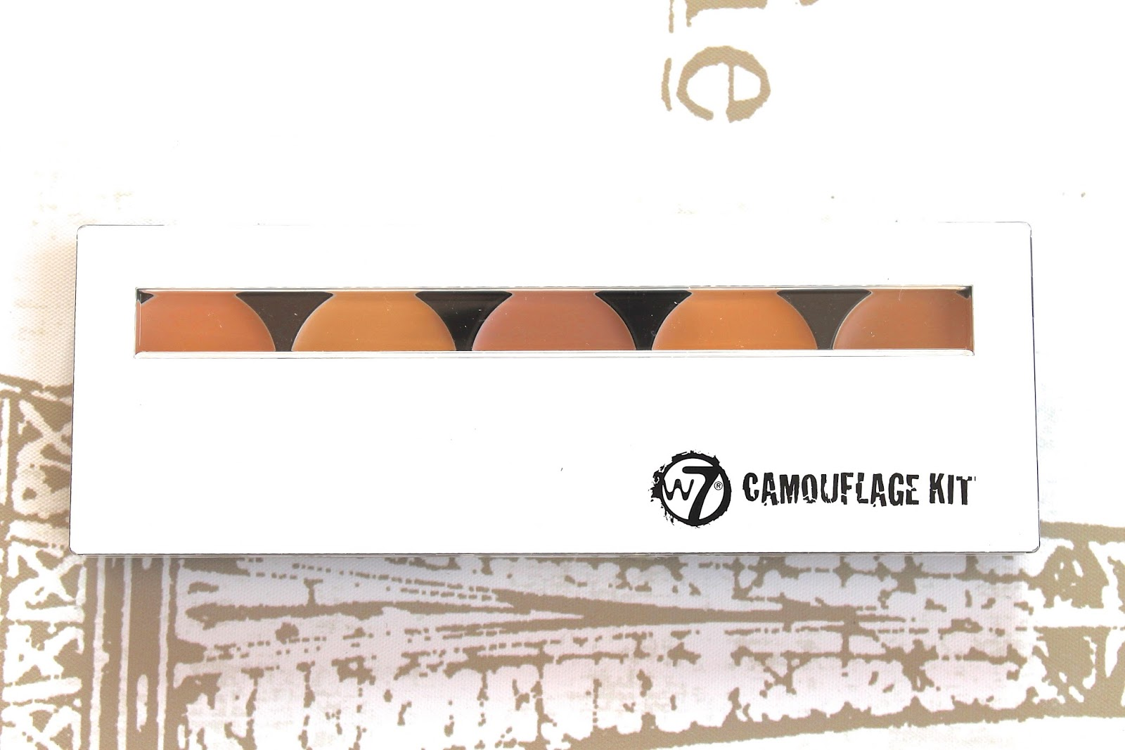 w7 makeup camouflage kit review