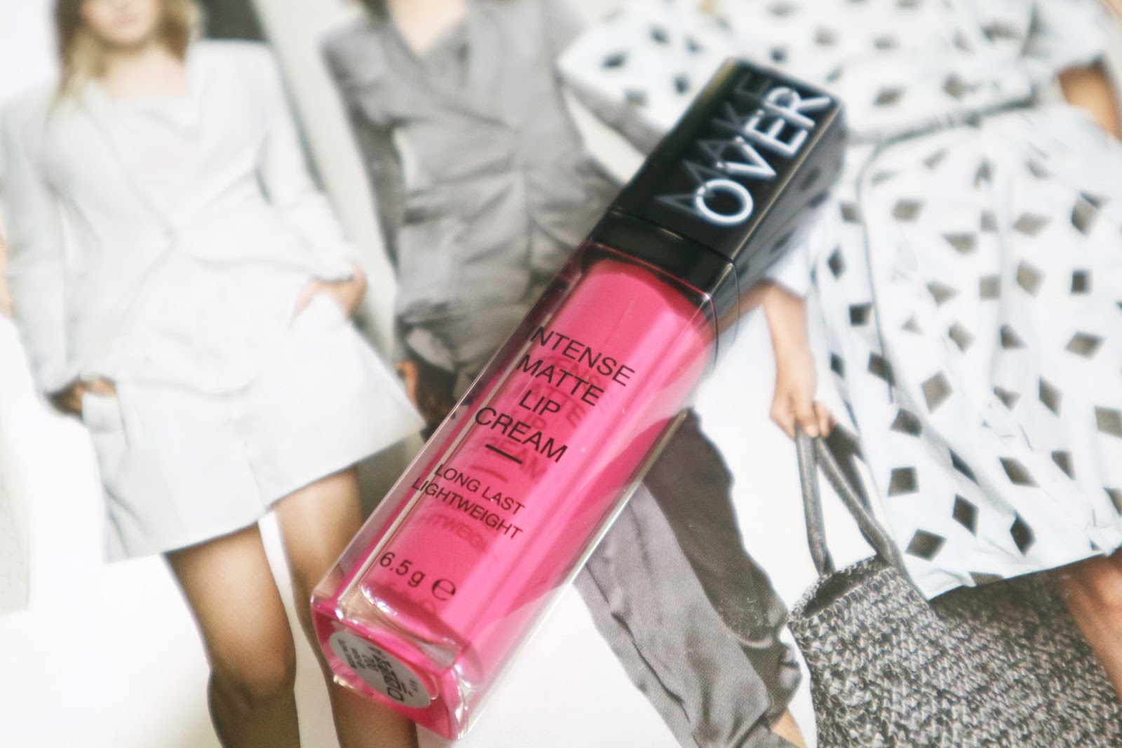 Review Make Over Intense Matte Lip Cream 02 Heiress One Taste Lips