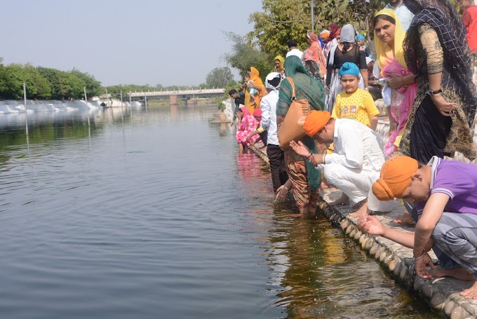 Thousands of devotees came to pay obeisance at Holy Kali Bein...