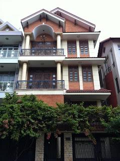 bán nhà mặt tiền  Nguyễn Văn Thủ