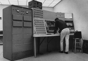 banyak ilmiah komputasi kebutuhan dipenuhi oleh semakin canggih komputer analog  Pengertian Komputer Analog dan Digital
