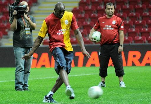 Kobe Bryant attends Galatasaray training